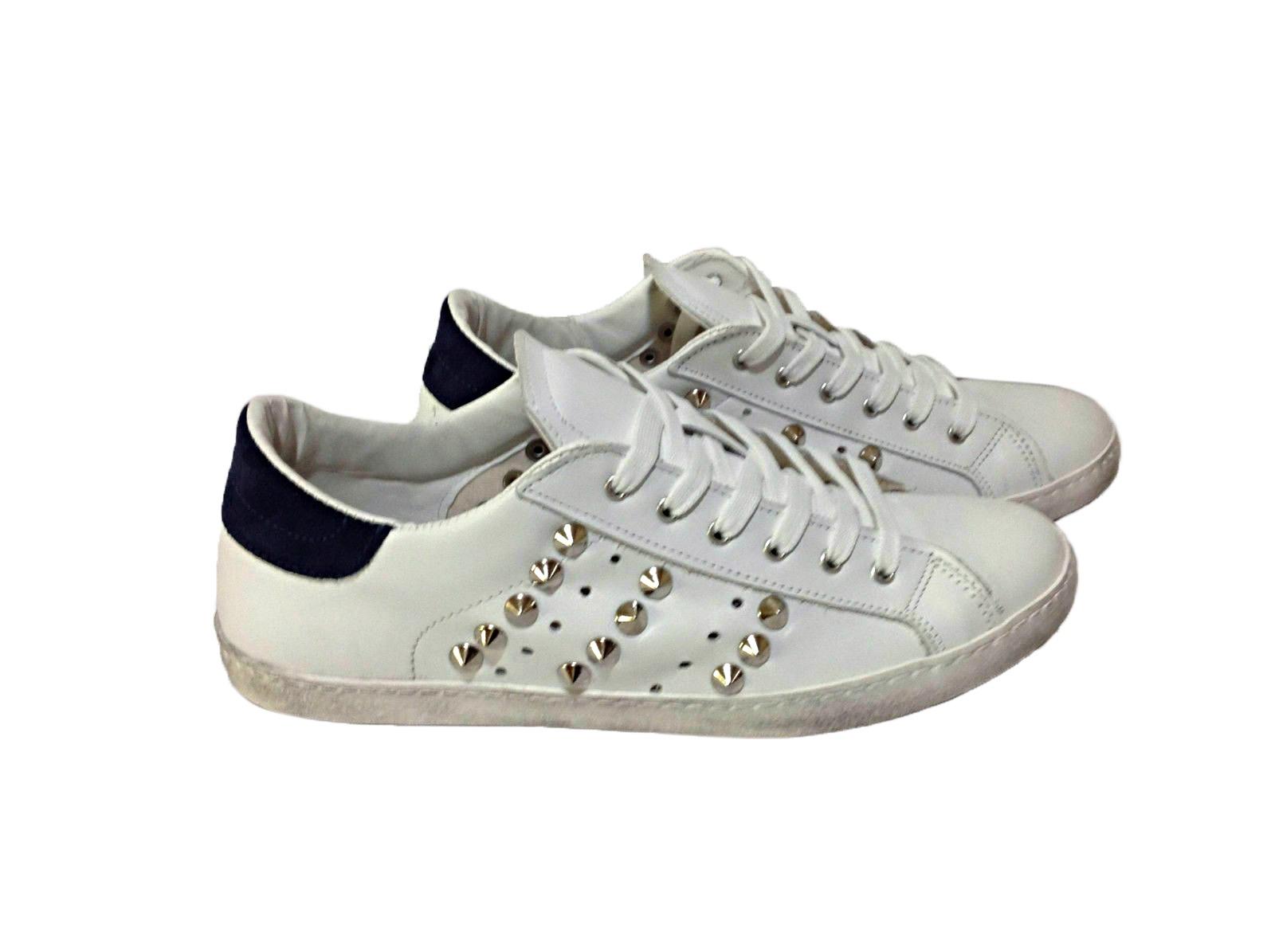Dettagli su scarpe sneakers basse uomo donna pelle bianco bucherellate Via Con borchie cono